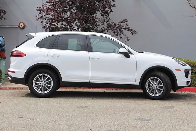 Certified Pre-Owned 2018 Porsche Cayenne